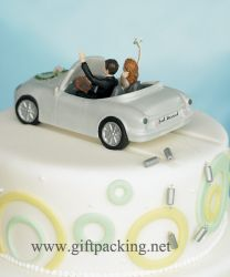 ".""honeymoon Bound"" Couple In Car Cake To"