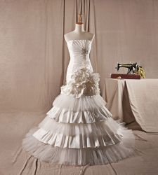 Wedding Dress Wedding Gown Bridal Gown H8018
