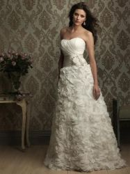 2012 Wholesale Beading Ruffles Wedding Gown