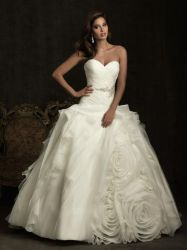 New Fashion Flowers Wedding Dresses