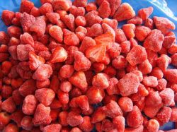 Certified 100% Natural Frozen/iqf Strawberry